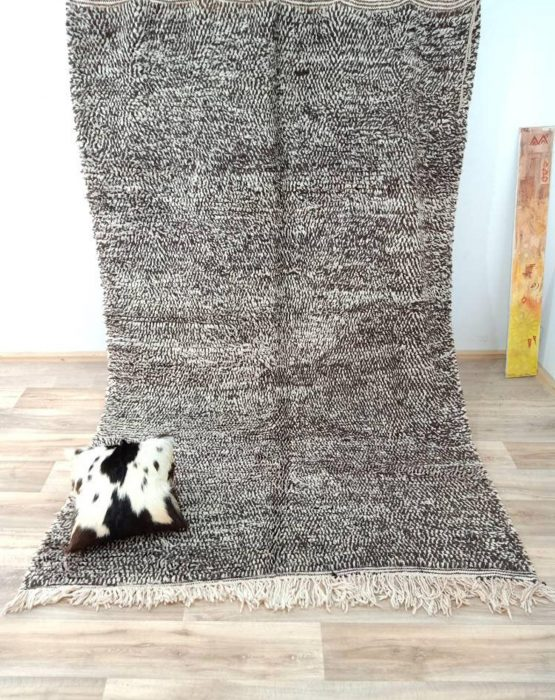 """Genuine Moroccan Wool Berber Rug with Black Geometric Patterns 6'1"""" ft x 9'1"""" ft —> 74x110 inches"""